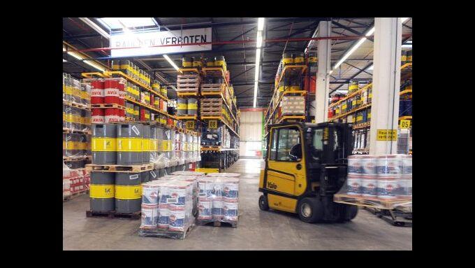 Rhenus Lub baut Logistikkapazitäten aus