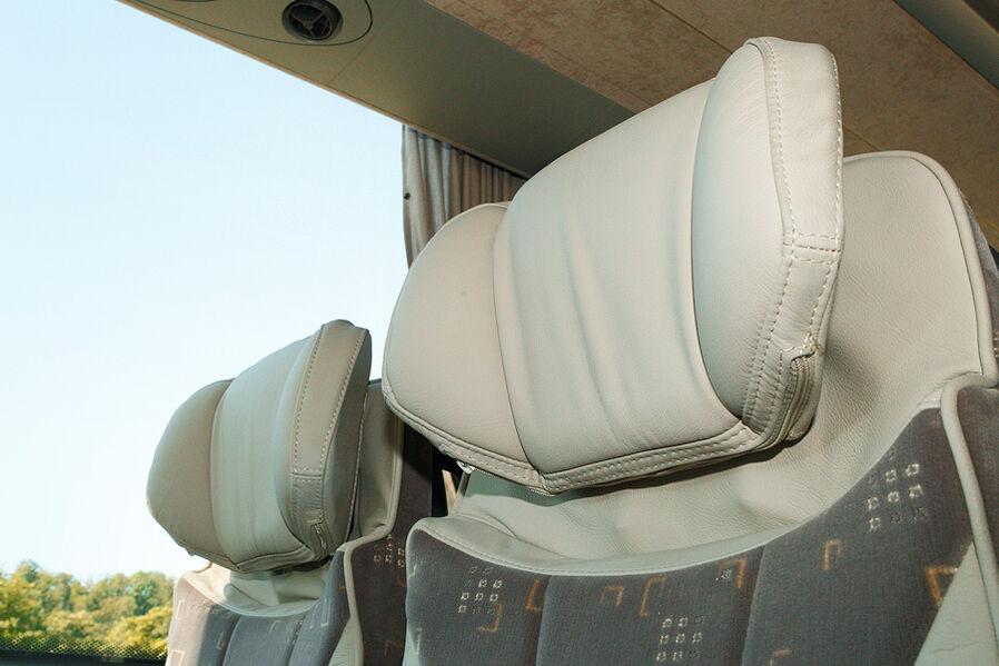 VDL Futura, Körpergerechte Sitze, Kopfstützen