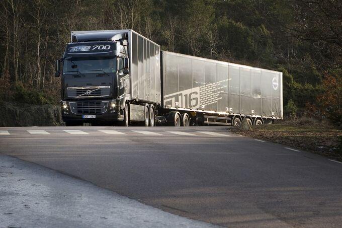 700 PS Volvo