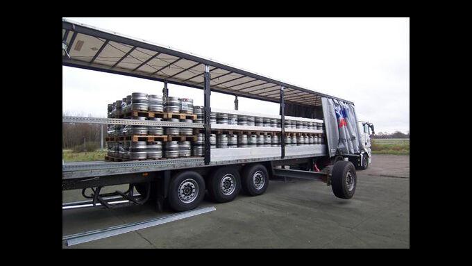 Bier-Auflieger von Schmitz Cargobull