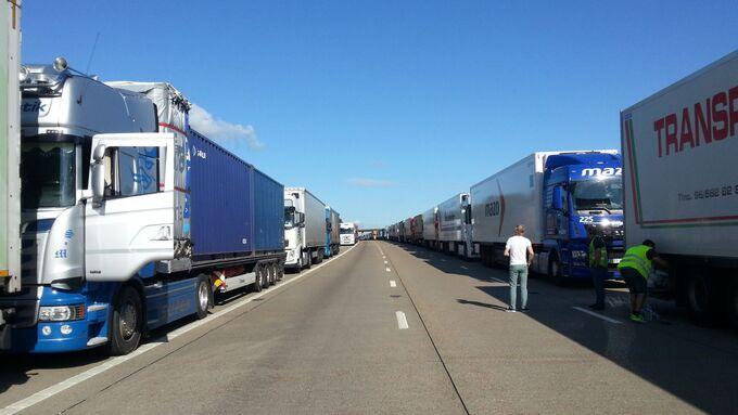 Calais, M 20, Eurotunnel, Operation Stack