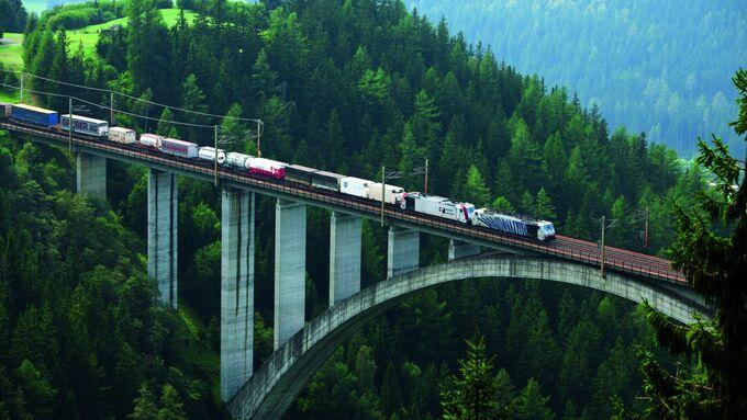 Kombiverkehr, Brennersperre, Brenner