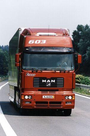 MAN V 2000