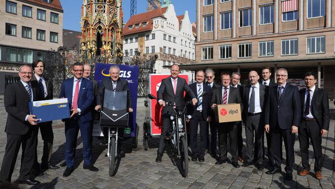 Pressetermin zum Start des Praxistests in Nuernberg: Lastenfahrrad statt Transporter - wie funktioniert das in der Praxis? am 16.03.2017