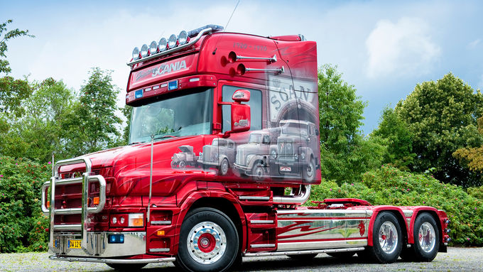 Scania T 164 580 – History, Truck